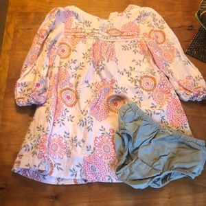 EUC Adorable toddler dress with smocked top.